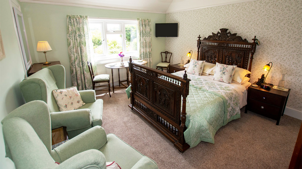 Isle of Wight Continental Bed and Breakfast B&B Room Only Green